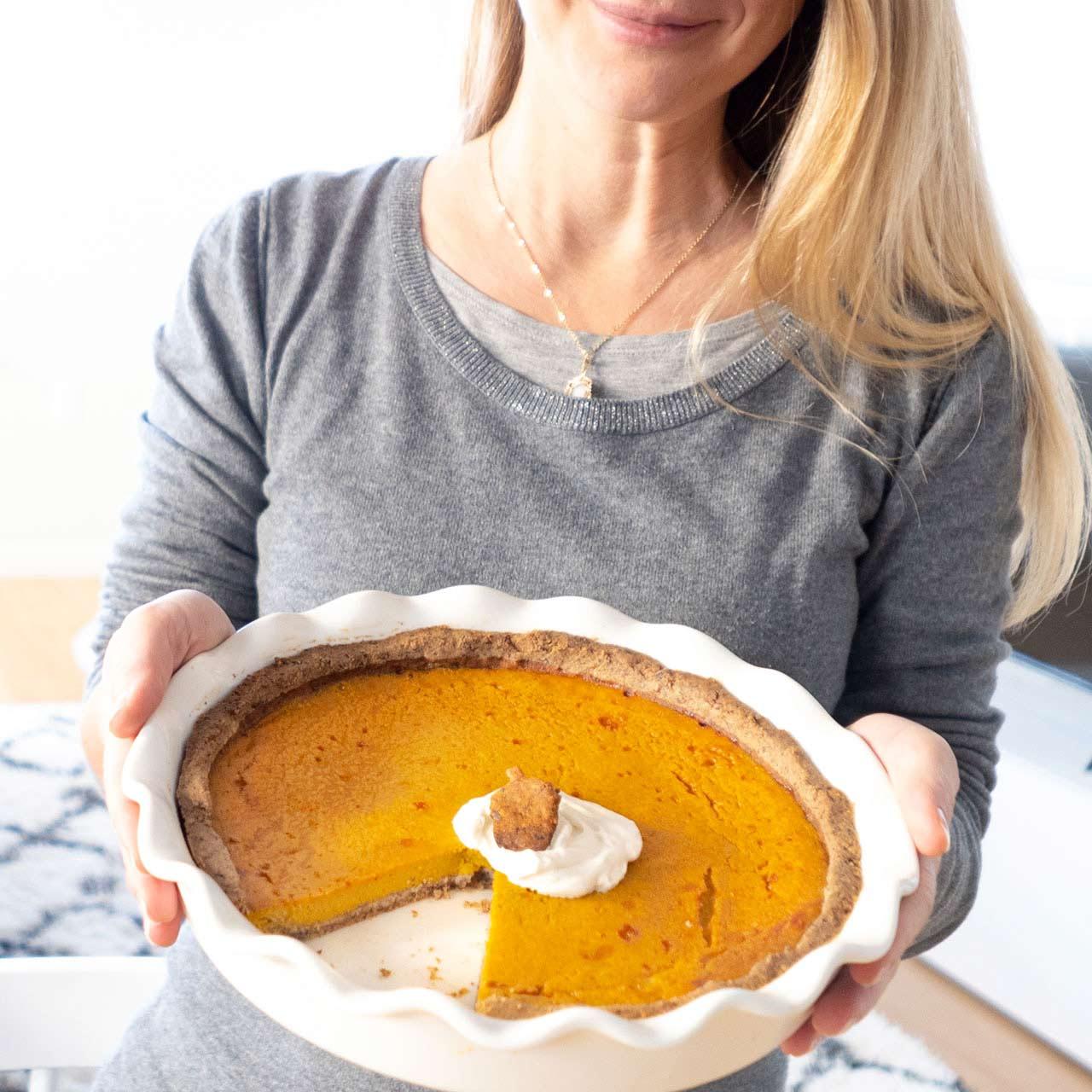 Mon-premier-thanksgiving-pumpkin-pie-nelly-genisson