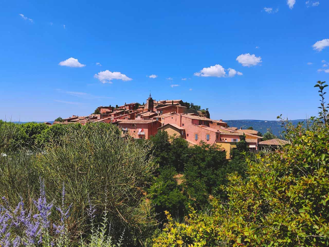 Nelly-Genisson-Village-ocres-Roussillon